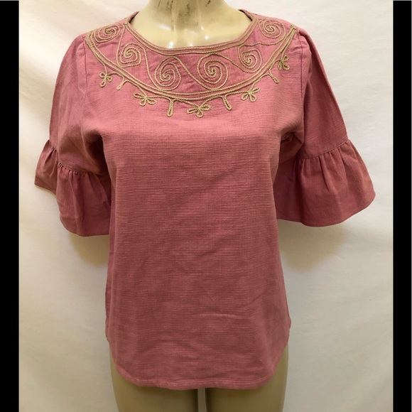 f609ad3c27e42a novica Tops   Pink Embroidered Bell Sleeve Top Size M   Poshmark